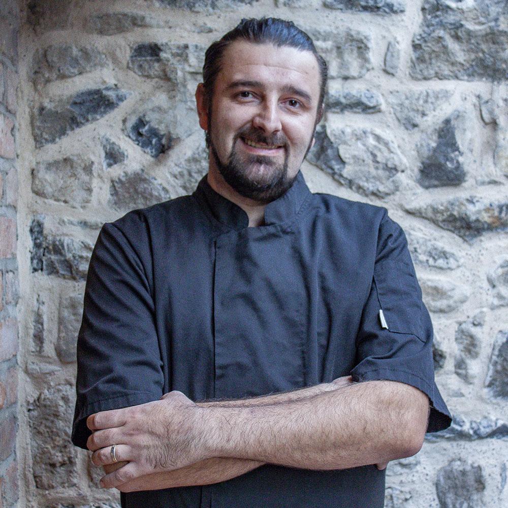 Head Chef Mario Simic